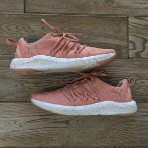 ✔️Puma Mesh Speckle Sneakers